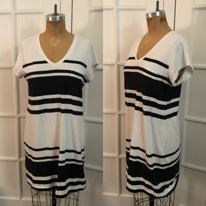 GAP black and white stripe pocket t-shirt dress L